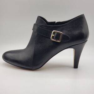 Vince Camuto black ankle booties, leather, Size 9M